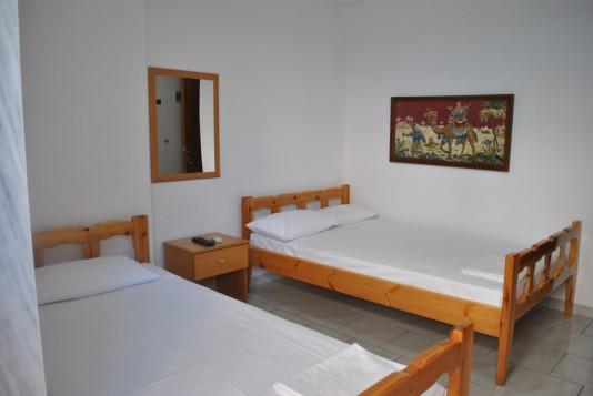 Ενοικιαζόμενα Δωμάτια Ευθυμία Μανώλα